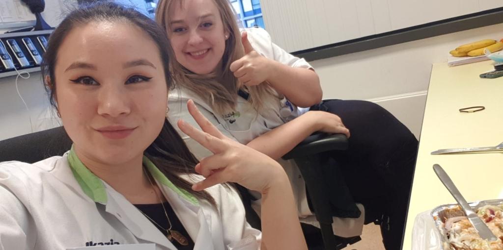 Twee vrouwelijke dokters